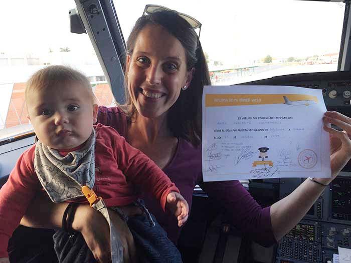 El primer viaje en avión con un bebé