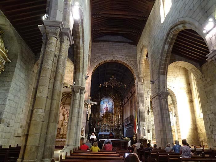 Viviendoporelmundo Iglesia de Nuestra Señora de Oliveira