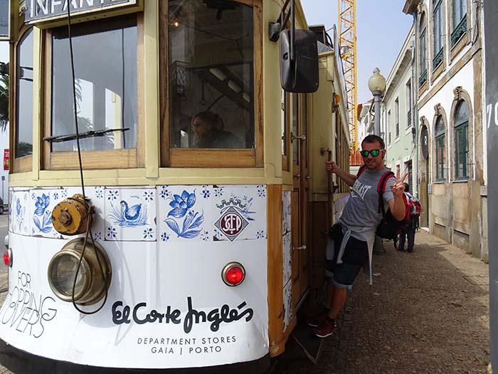 Tranvía a Foz do Douro Viviendoporelmundo