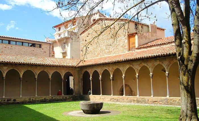 Las 10 mejores excursiones con niños en Cataluña. Sant Joan de les Abadesses