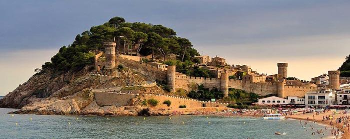 Top 9 pueblos bonitos de Cataluña. Tossa de Mar