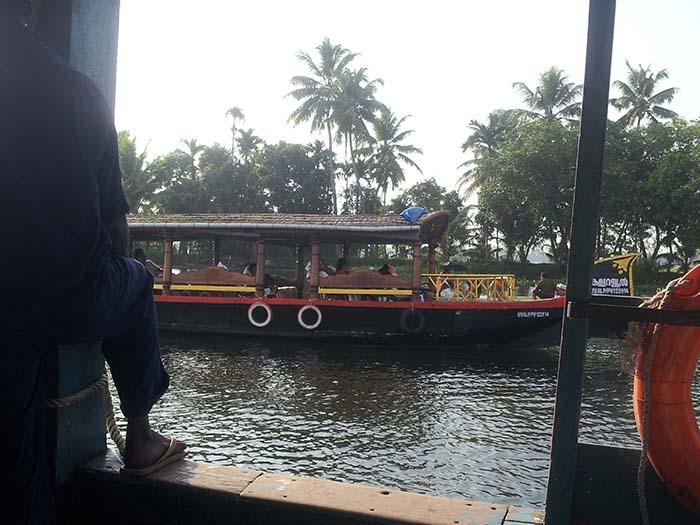 Alquila un barco durante 3 o 5 horas