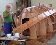 Construction d'un bateau en bois