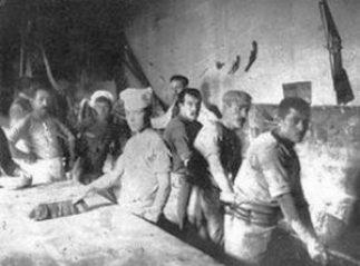 immigrati al lavoro forno pane