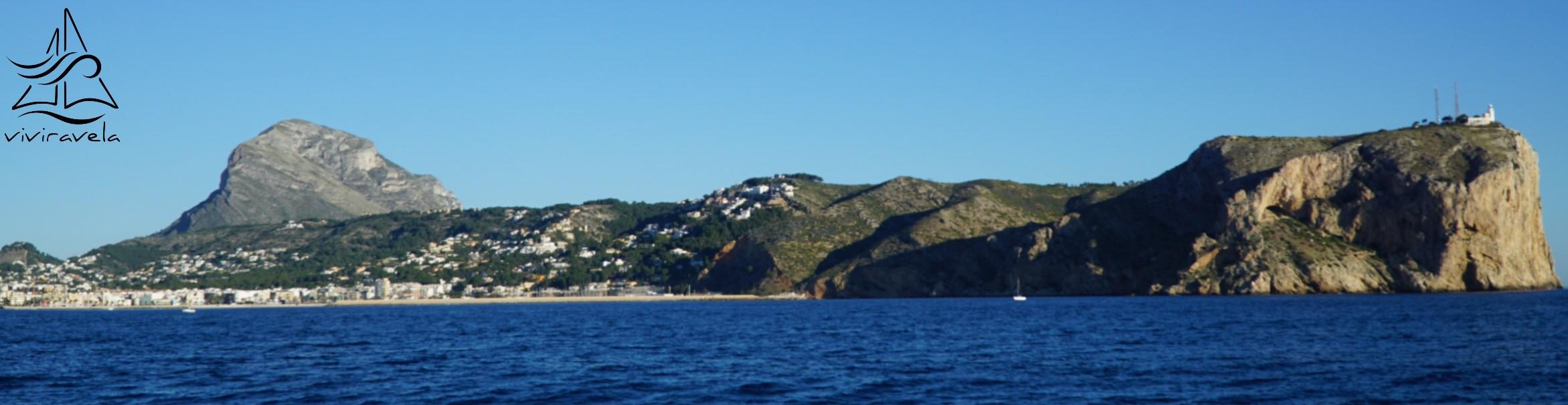 Cap de Sant Antonio y Xabia desde el mar