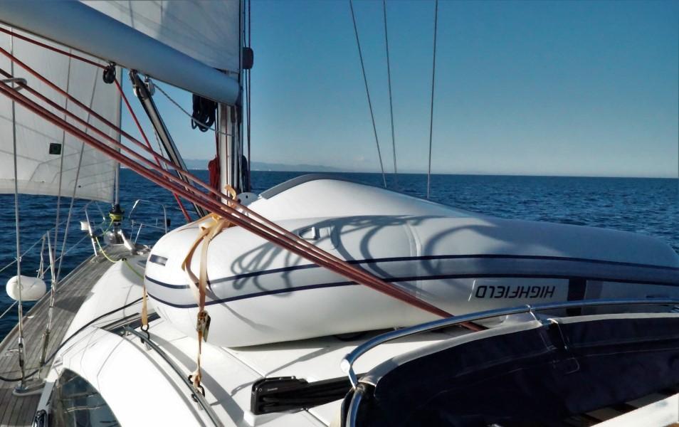 Embarcacion auxiliar neumatica HighField dingy