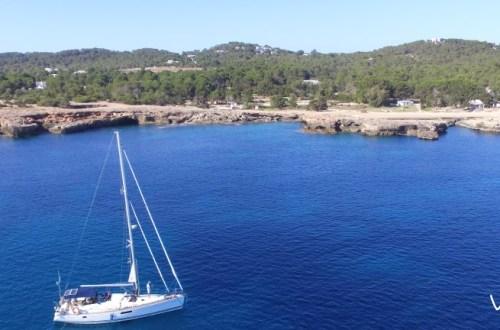 Ibiza Cala Bassa Viviravela aerea