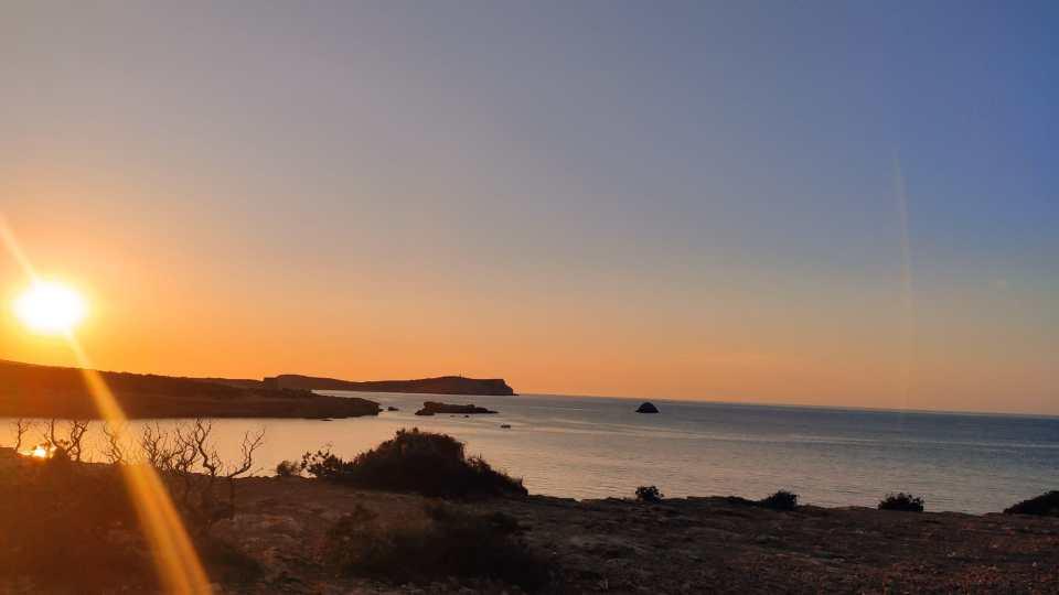 Puesta de sol Cala Roja Ibiza