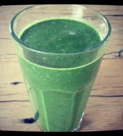 Vivonline detox green smoothie afvallen met pH-waarde ontgiften