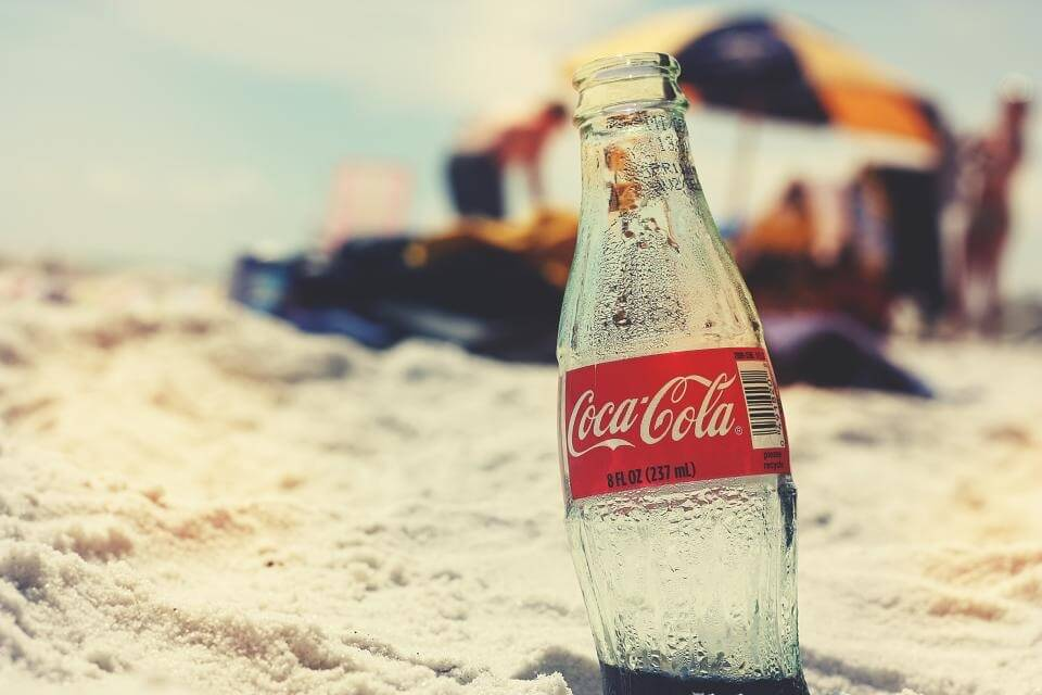 Weet jij wat er in je lichaam gebeurt als je cola drinkt?