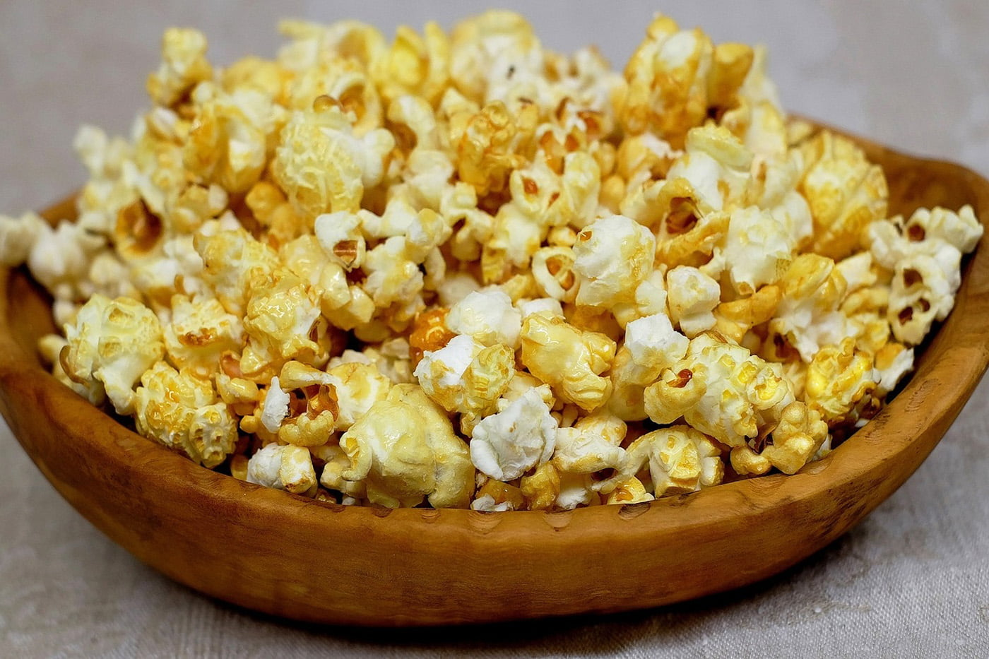 Honey & Hot Sauce Popcorn Crunch