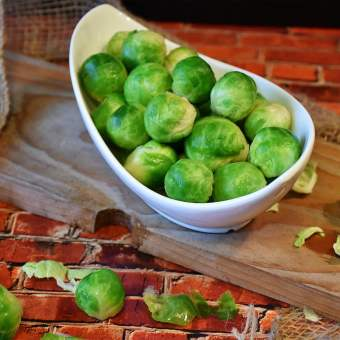 Sprouts with Lemon and Macadamia Nuts