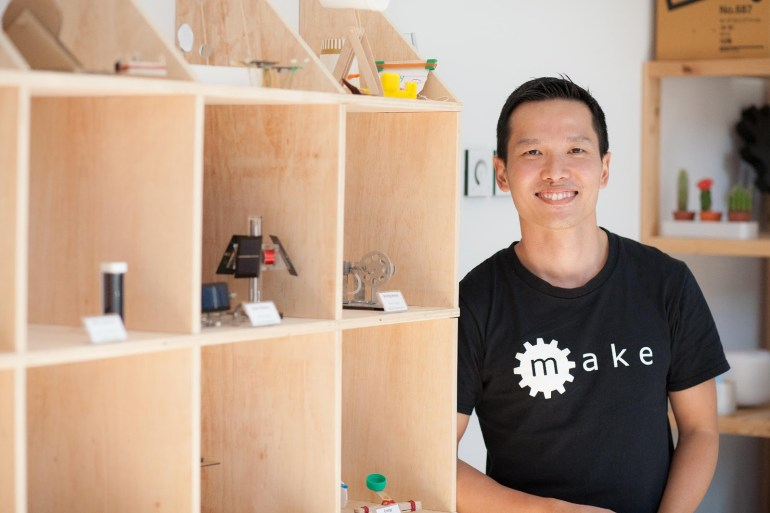 Ex Naval Officer Gives Up 5-digit Salary to Kickstart Maker Education