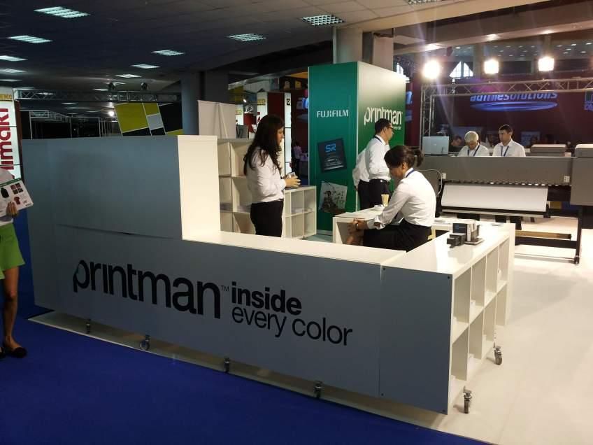 PRINTMAN - Constructie stand expozitional personalizat de prezentare la expozitia Print & Sign 2014
