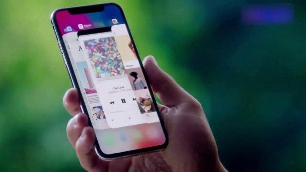Названы ТОП-10 главных фишек Apple iPhone X