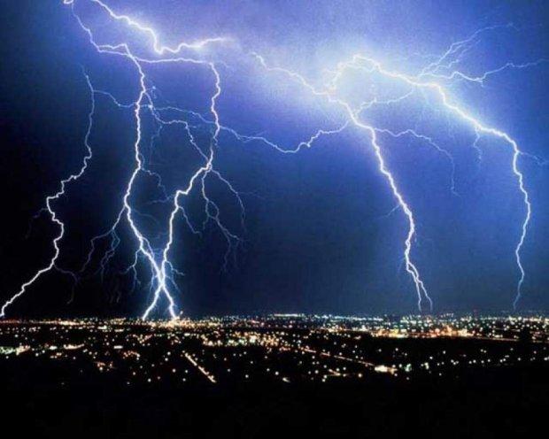 Ученые Молнии вызывают ядерные реакции в атмосфере Земли