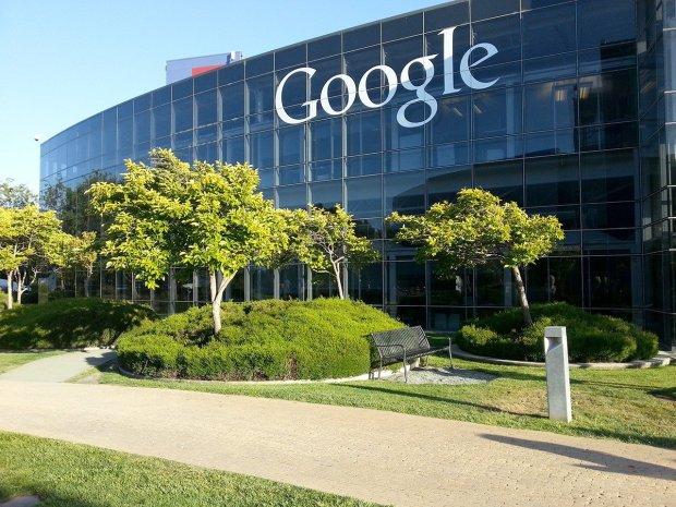 Сотрудникам Google разрешили «быть злом»