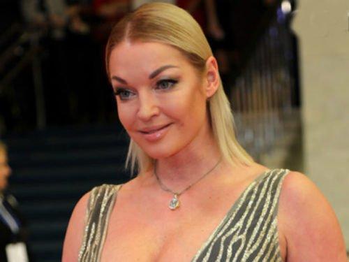 «Снова расставила ноги»: Анастасия Волочкова стала ...