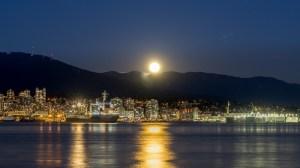 A massive 'full cold moon' to illuminate the Vancouver Metro sky