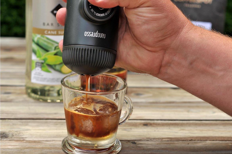 mazagran ľadová káva wacaco nanopresso