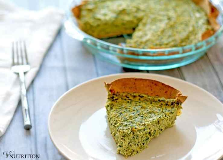 Spinach and Artichoke Quiche | This vegan spinach artichoke quiche creates a tasty spin on the popular dip! Click to read more or repin to save for later!