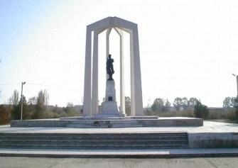 monumentul eroilor Slobozia