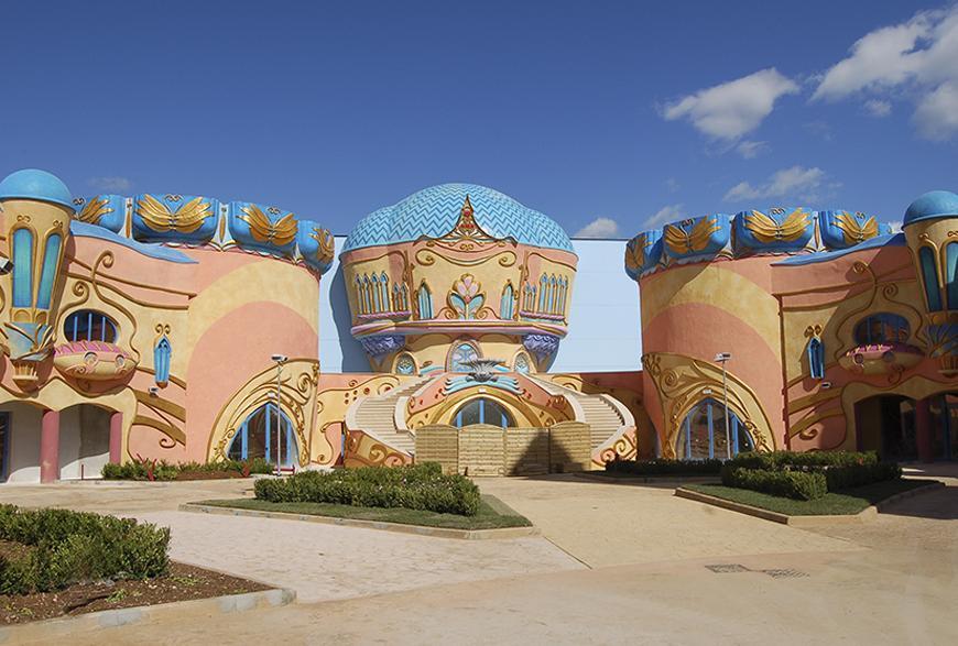 Castello di Alfea - škola za učenje magije (foto: Rainbow MagicLand)