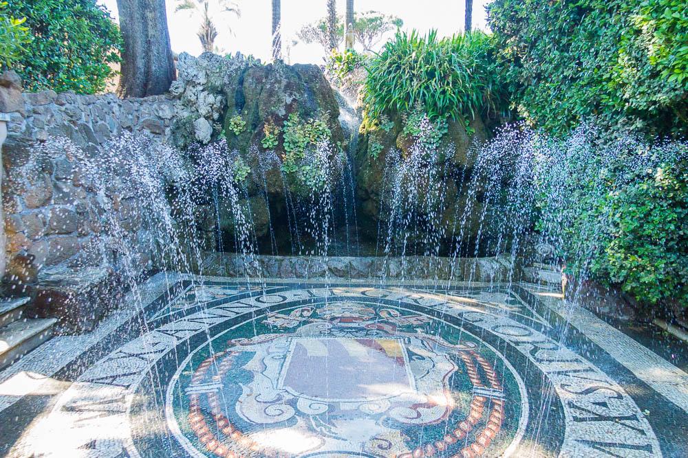 Fontana Rustica