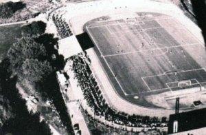 Das Hermann-Neuberger-Stadion während eines Heimspiels (Foto: Stadt VKL)