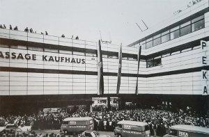 Eröffnung des Passage Kaufhauses in der Völklinger Innenstadt (Archiv)