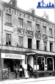 Konzerthaus Glück auf um 1913, im Kinosaal wird der Diamanden-Dieb gespielt.