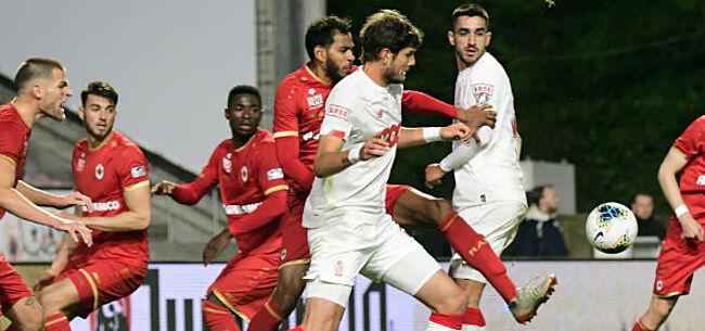 Foto: Standard verdiende géén penalty tegen Antwerp: