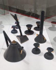 Matteo Thun, Frühstücksgeschirr und Vasen, 1981