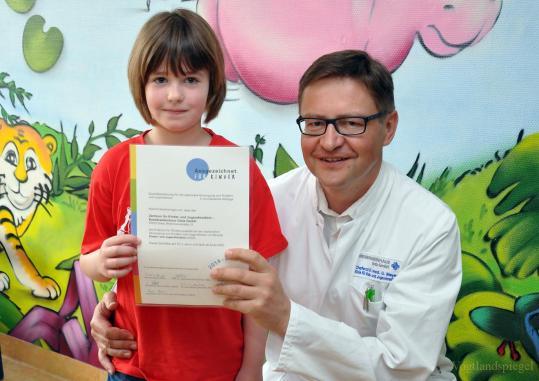 Erneut Gütesiegel für Abteilung Kinder- und Jugendmedizin des Kreiskrankenhauses Greiz