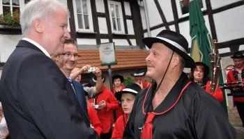 Bayerns Ministerpräsident Horst Seehofer besucht Landgemeinde Mohlsdorf-Teichwolframsdorf