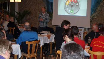 Greizer Fahrlehrer Helmut Arzt informierten in einer Verkehrsteilnehmerschulung