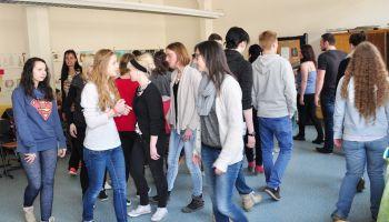 Präventives Theaterstück von Schülern für Schüler