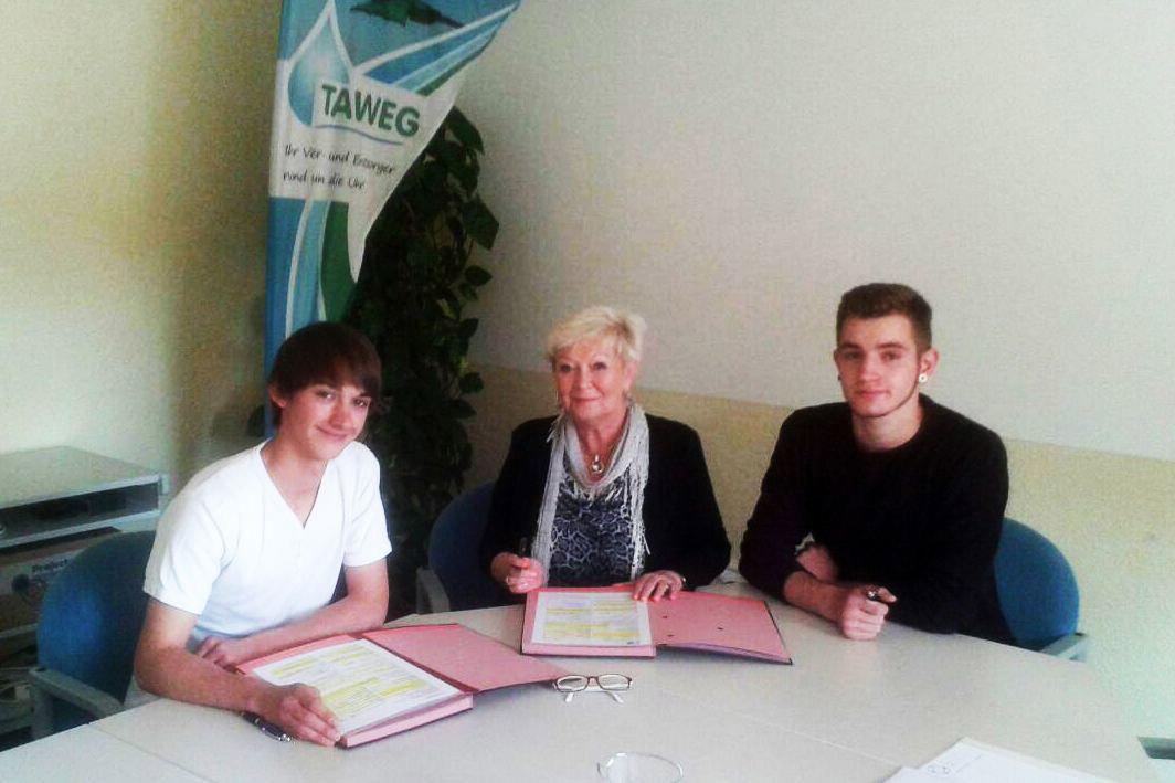 Zwei neue Lehrlinge an Bord des Zweckverbandes TAWEG