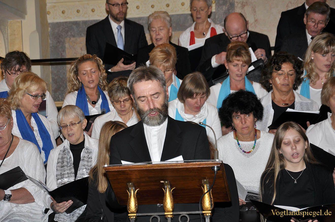 50 Jahre Gottes Wort mit Gesang in die Herzen getragen