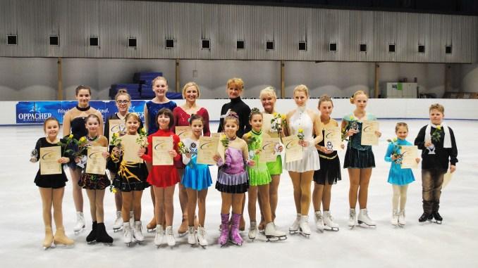 Fünfzehn Podestplätze für Greizer Eiskunstläufer