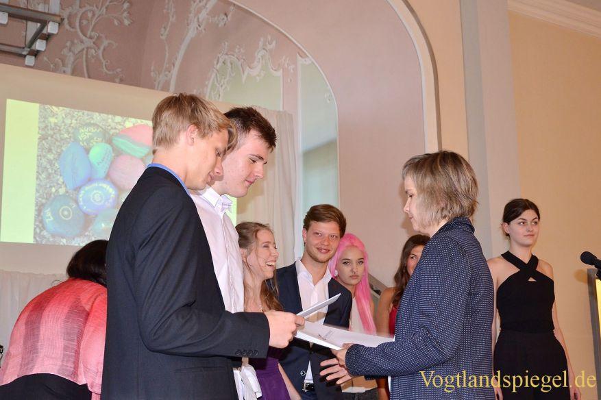 Elstertalschule Greiz: Festveranstaltung und Zeugnisübergabe