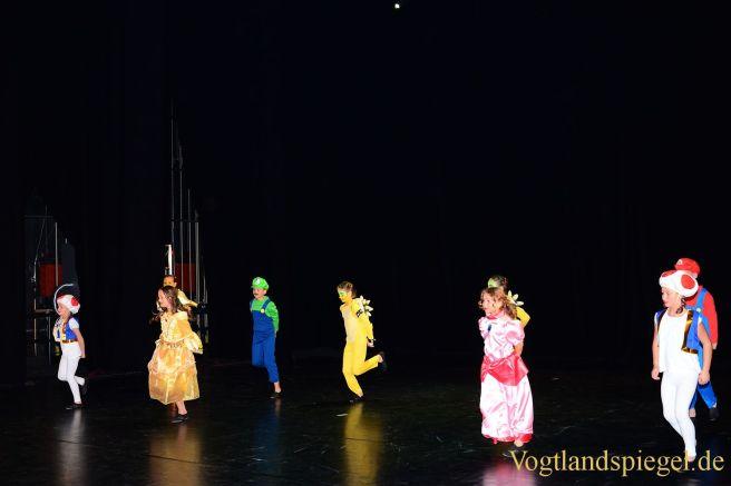 Vogtlandhalle Greiz: Tanzsportgala begeistert Groß und Klein