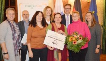 Thüringer Familienpreis für Café OK und Helferkids