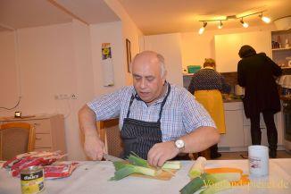 Greizer Koch-und Backmädels: Gemeinsam kochen, lachen, genießen ... | {Koch beim kochen 97}