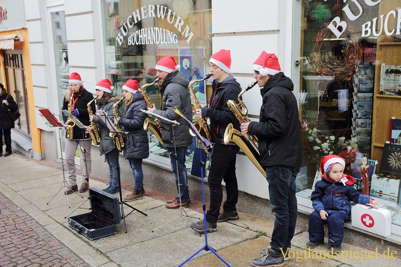 Saxofongruppe stimmt auf Weihnachten ein