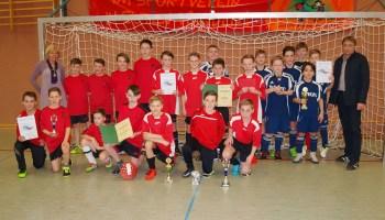 Rudi-Geiger-Turnier: D-Junioren des Ulf-Merbold-Gymnasiums waren nicht zu schlagen