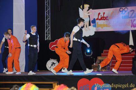 Greizer Faschingsgesellschaft feiert ihren Schürzenball in der Kurt-Rödel-Halle