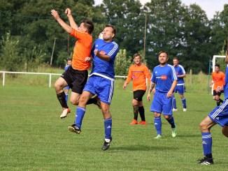 SV Blau-Weiß 90 gewinnt Auftaktmatch