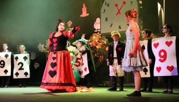 Alice rockt die Vogtlandhalle