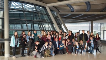 Greizer Lessingschüler auf Einladung von MdB Volkmar Vogel zu Besuch im Bundestag